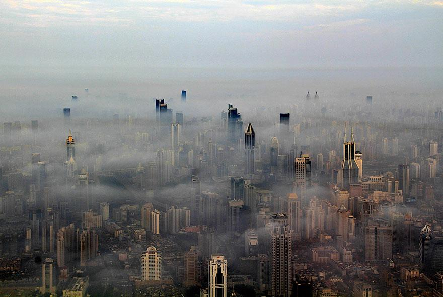crane-operator-aerial-shanghai-photos-wei-gensheng-3