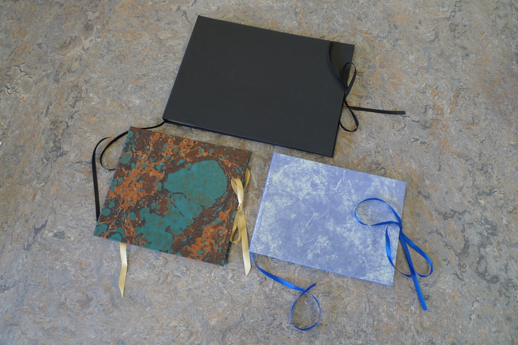 Milton Keynes Arts Centre bookbinding workshop 19