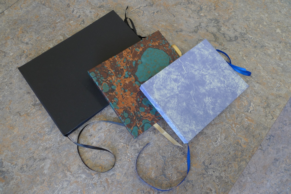Milton Keynes Arts Centre bookbinding workshop 17