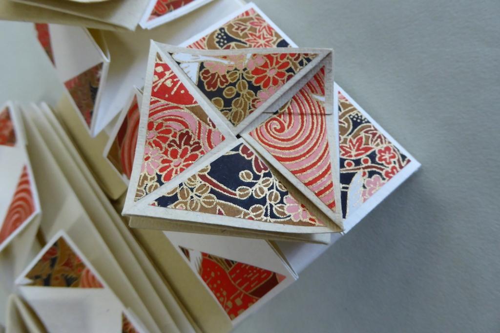 Lori Sauer Zhen Xian Bao Chinese Thread BookBookbinding 35