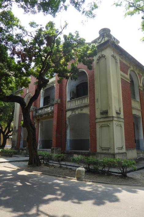 Teaching at NCKU Tainan 14